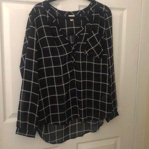 Merona black and white blouse